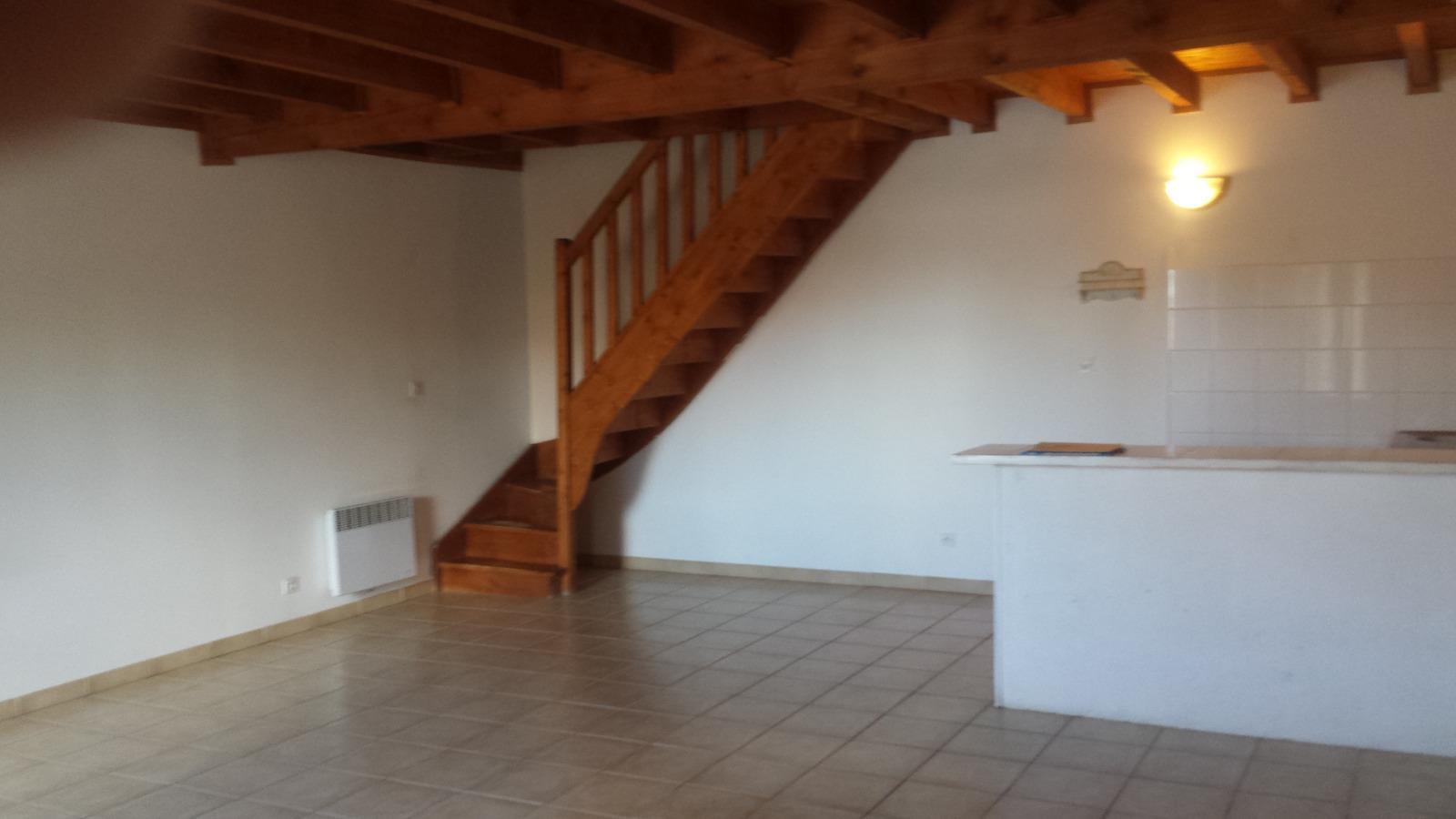 Offres de location Appartement Eyrans (33390)